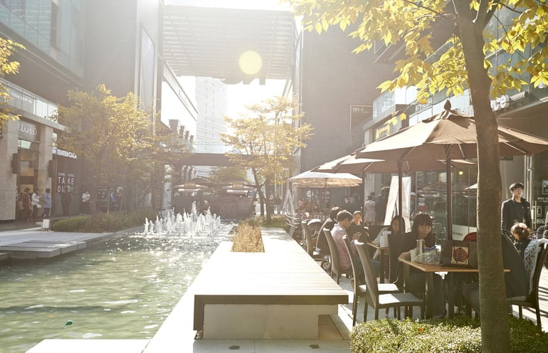 Songdo's canal cafe walk
